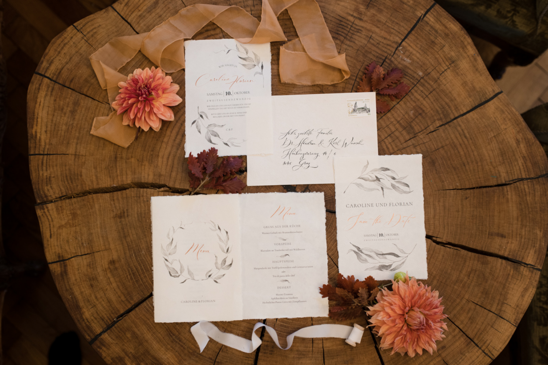 Hochzeitspapeterie mit Kalligraphie